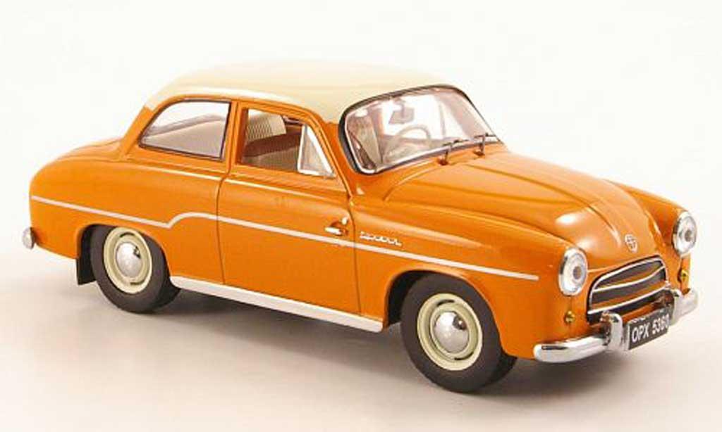 Renault Syrena 1/43 IST Models 102 marron/beige 1962 miniature