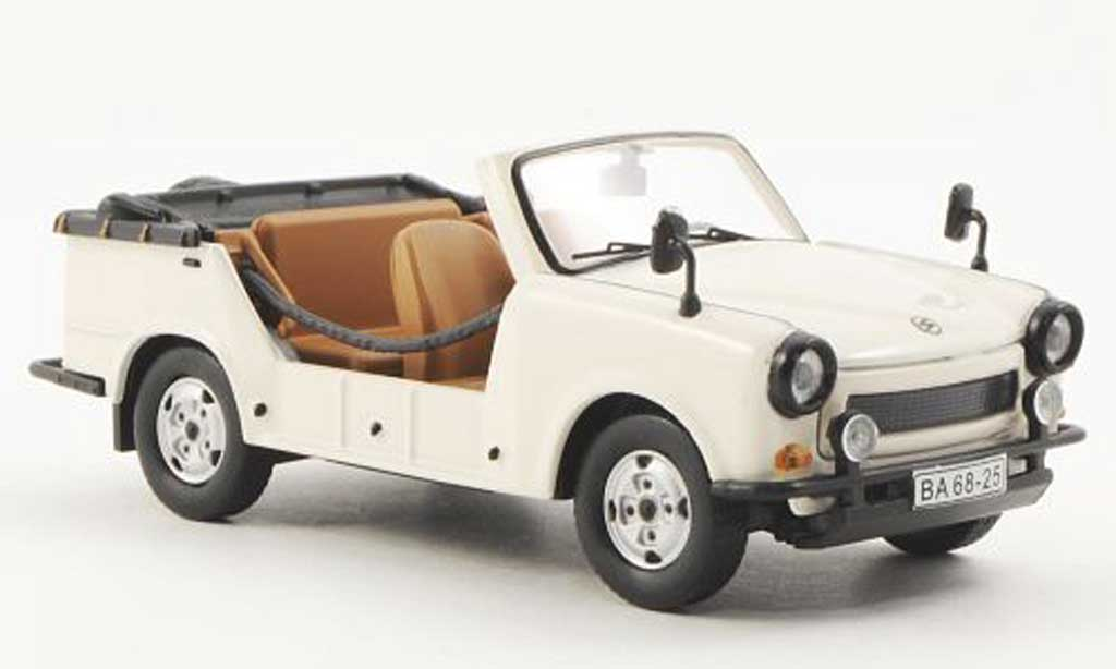 Trabant Tramp 1/43 IST Models Cabrio beige 1978 miniature