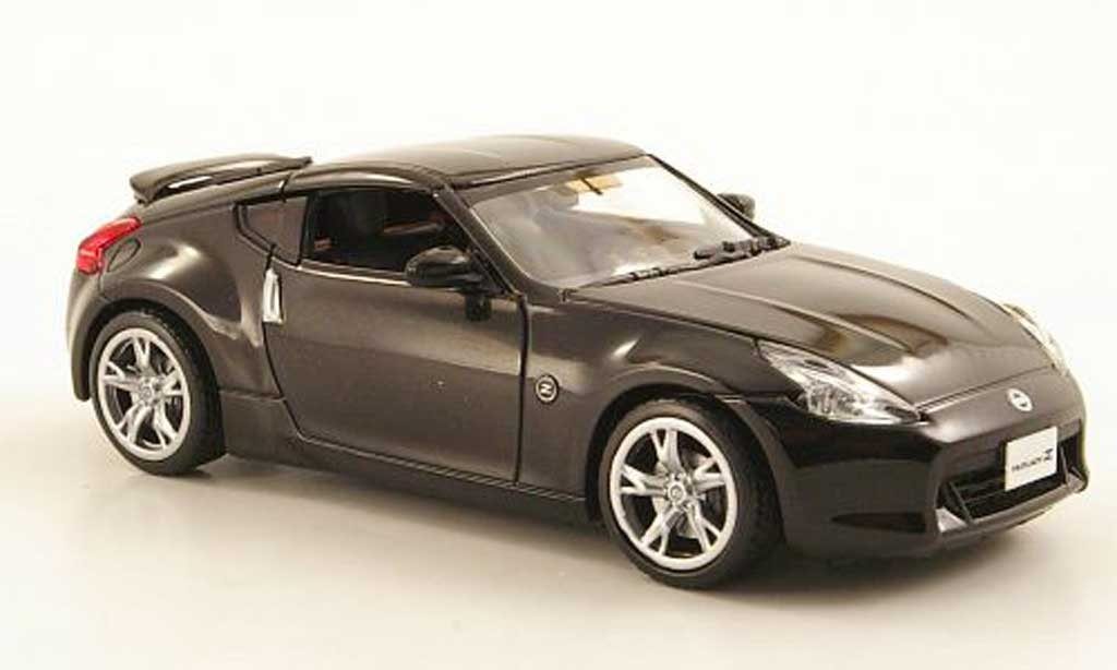 Nissan 370Z 1/43 J Collection Fairlady noire 2009