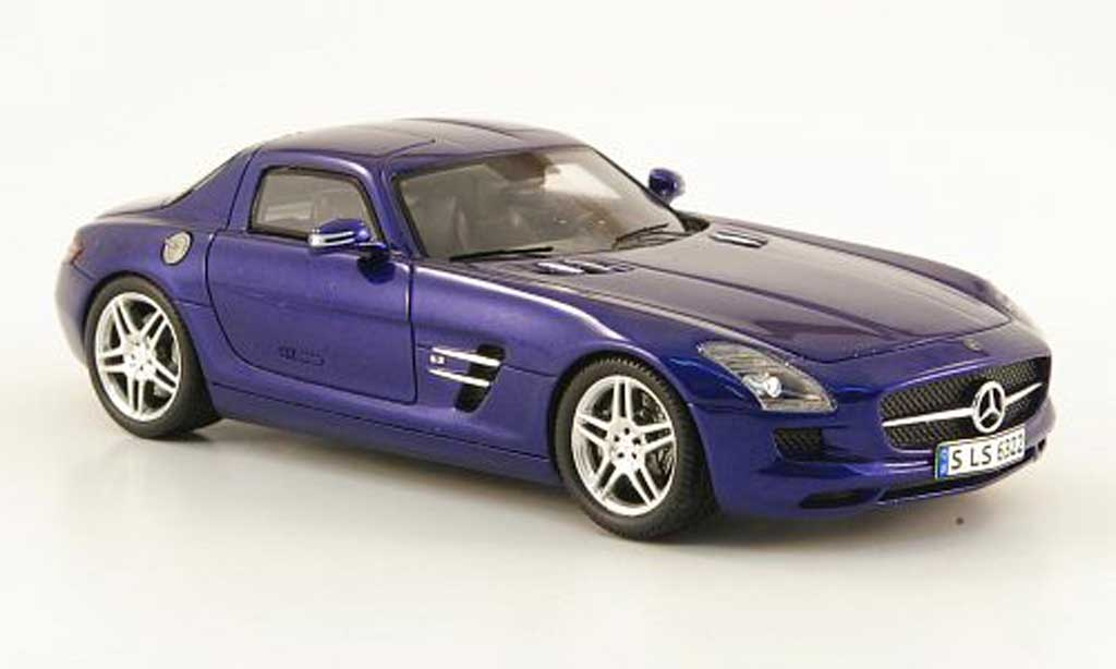 Mercedes SLS 1/43 Spark AMG bleu 2009 diecast model cars