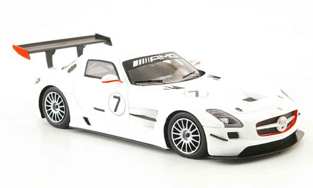mercedes sls amg gt3 no 7 weiss 2010 spark modellauto 1 43 kaufen verkauf modellauto online. Black Bedroom Furniture Sets. Home Design Ideas