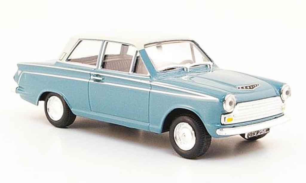 Ford Cortina 1/43 Cararama MKI bleu blanche miniature