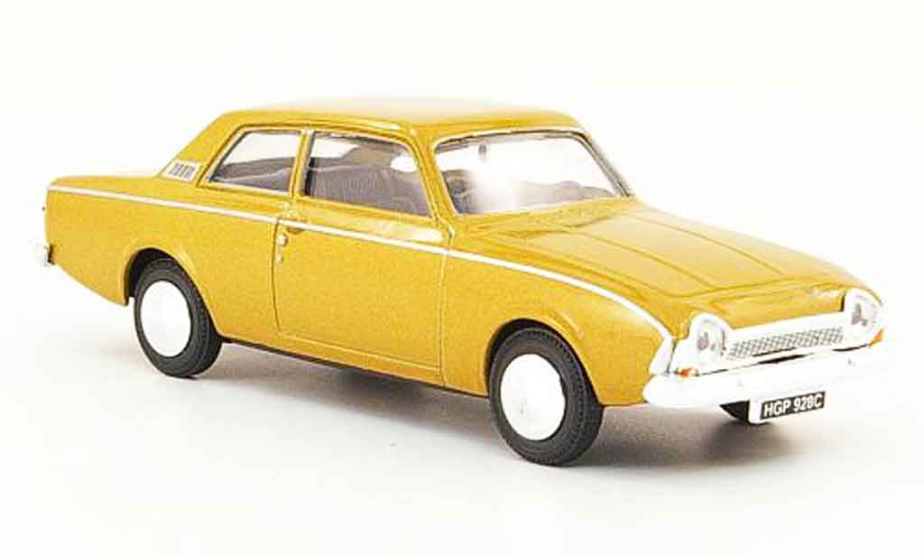 Ford Corsair 1/43 Cararama or miniature