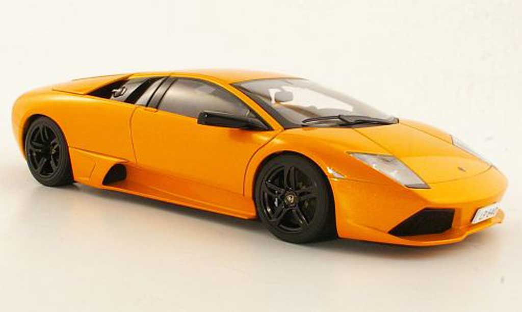 Lamborghini Murcielago LP640 1/18 Autoart orange 2006 miniature