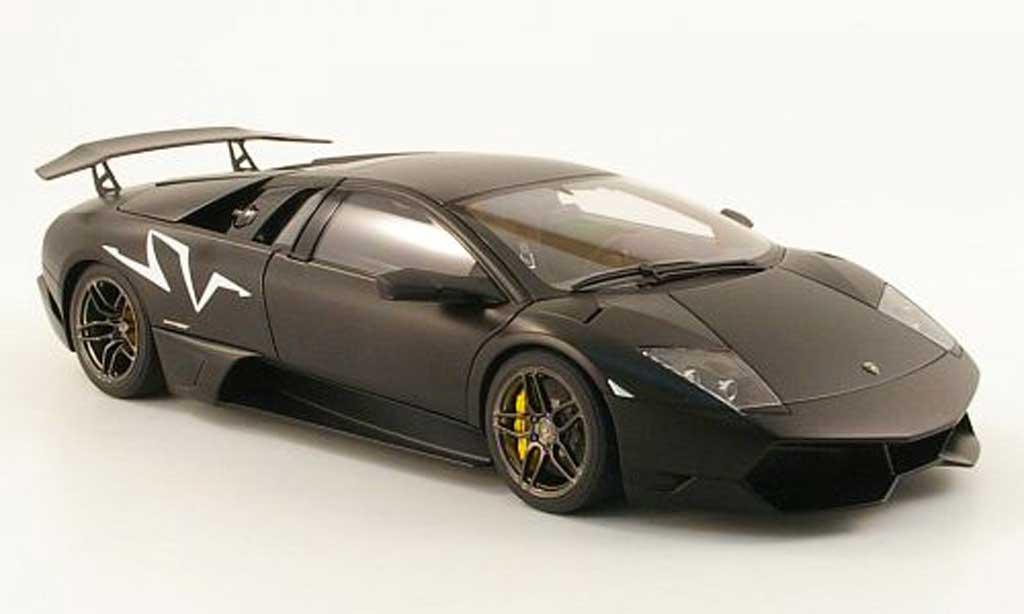 Lamborghini Murcielago LP670 1/18 Autoart 4 SV matt noire 2009 miniature