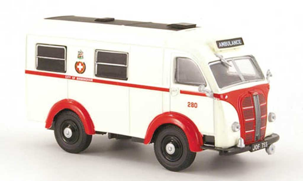 Austin K8 1/43 Oxford Welfarer Ambulance Birmingham RTW (GB) miniature