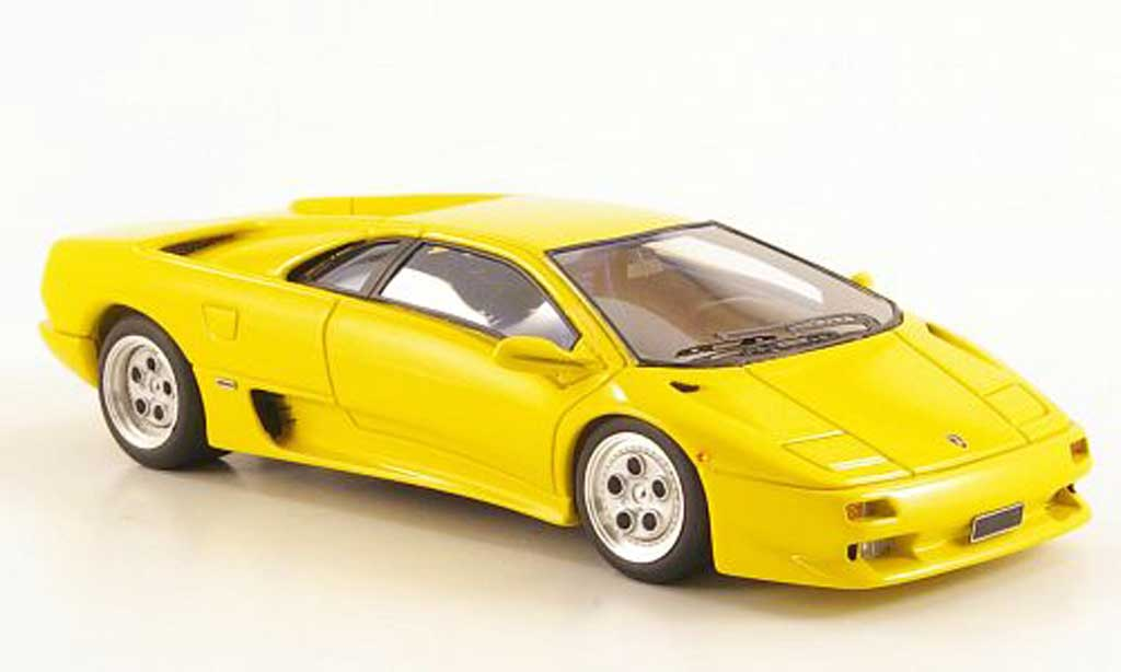 Lamborghini Diablo VT 1/43 Look Smart VT yellow 1993 diecast model cars