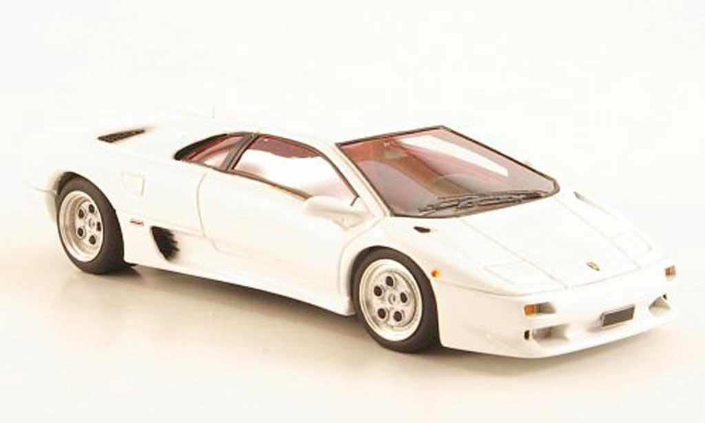 Lamborghini Diablo VT 1/43 Look Smart VT white 1993 diecast model cars