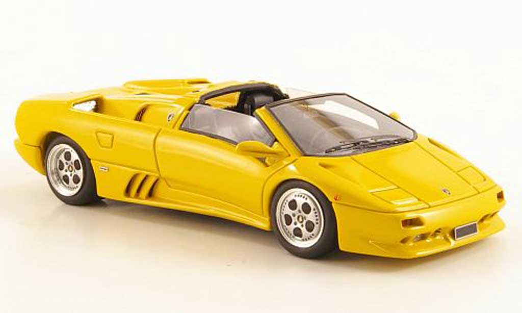 Lamborghini Diablo VT 1/43 Look Smart Roadster jaune miniature