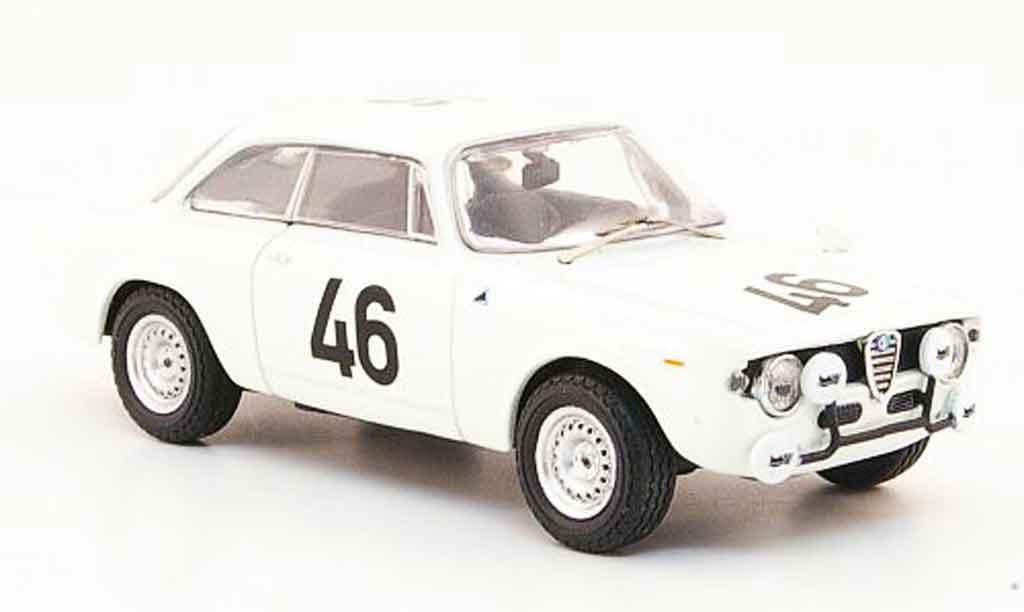 Alfa Romeo Giulia 1600 GTA 1/43 M4 no.46 zolder 1967 miniature