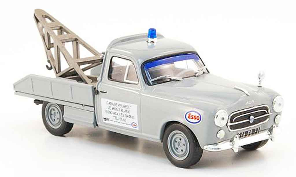 Peugeot 403 Pick up 1/43 IXO depanneuse miniature