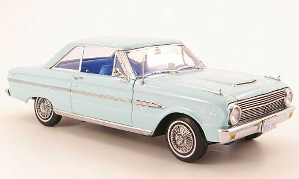 Ford Falcon coupe 1/18 Sun Star hard top bleu clair 1963 miniature