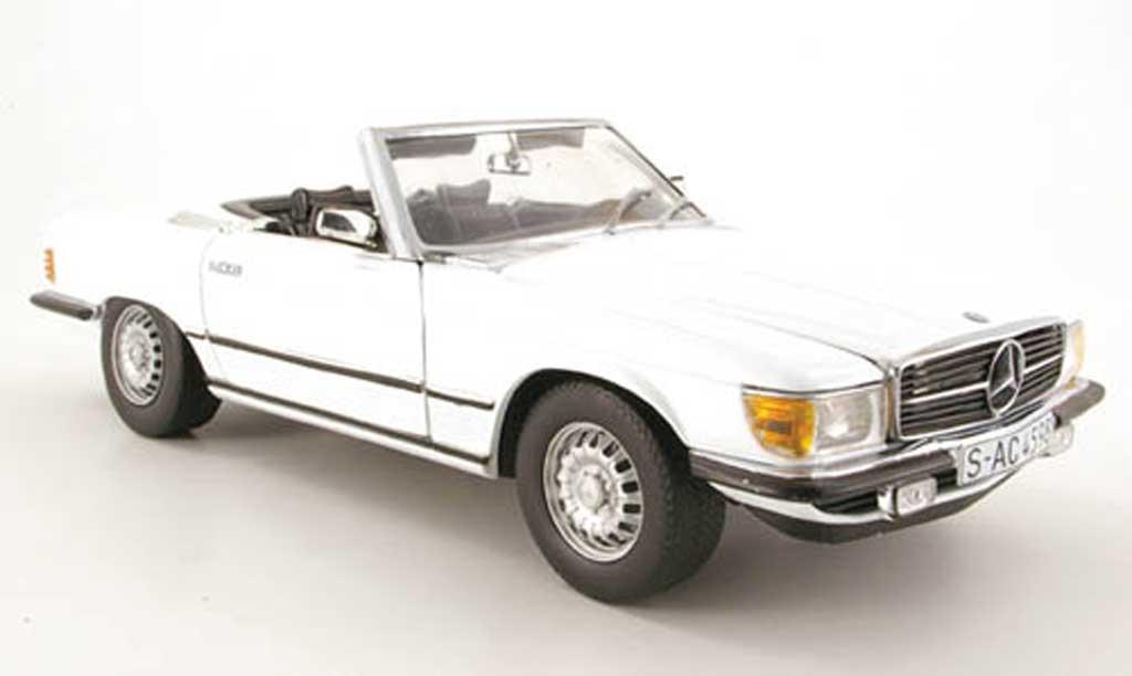 Mercedes 350 SL 1/18 Sun Star (r107) white 1977 diecast