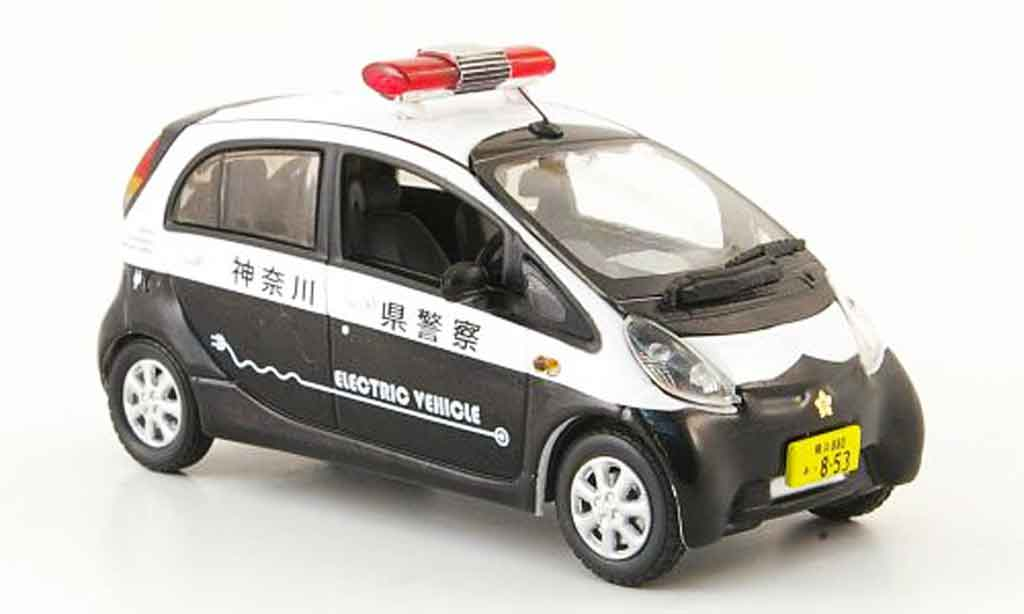 mitsubishi imiev japan police police vitesse modellauto 1 43 kaufen verkauf modellauto. Black Bedroom Furniture Sets. Home Design Ideas