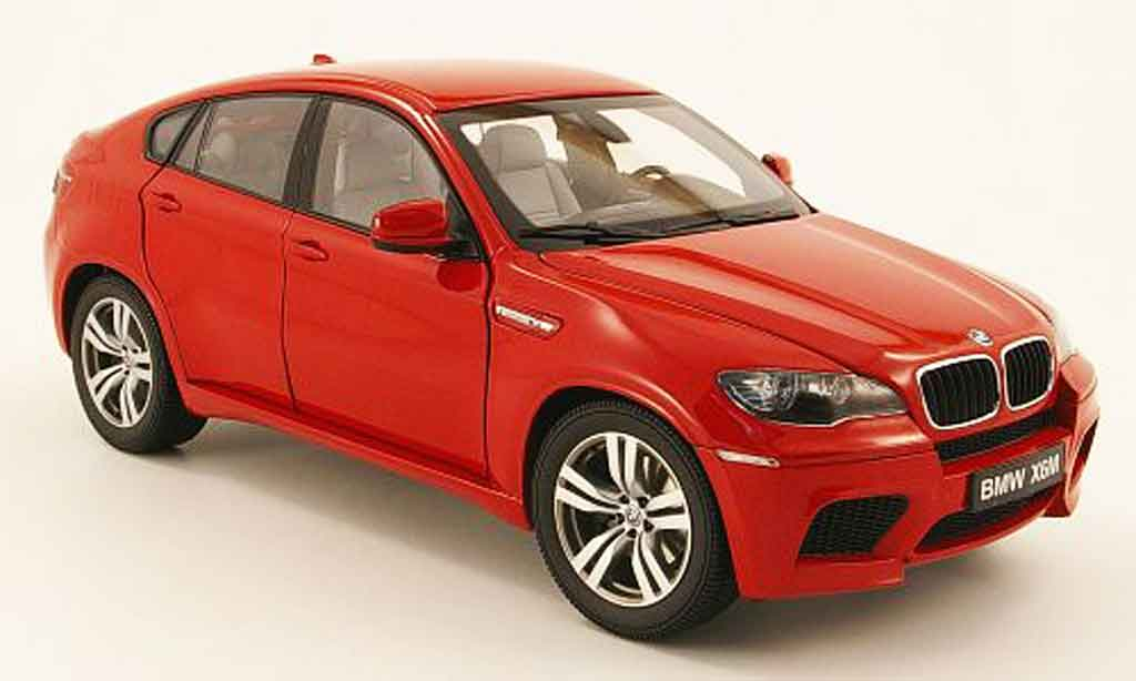 Bmw X6 E71 1/18 Kyosho M rouge miniature