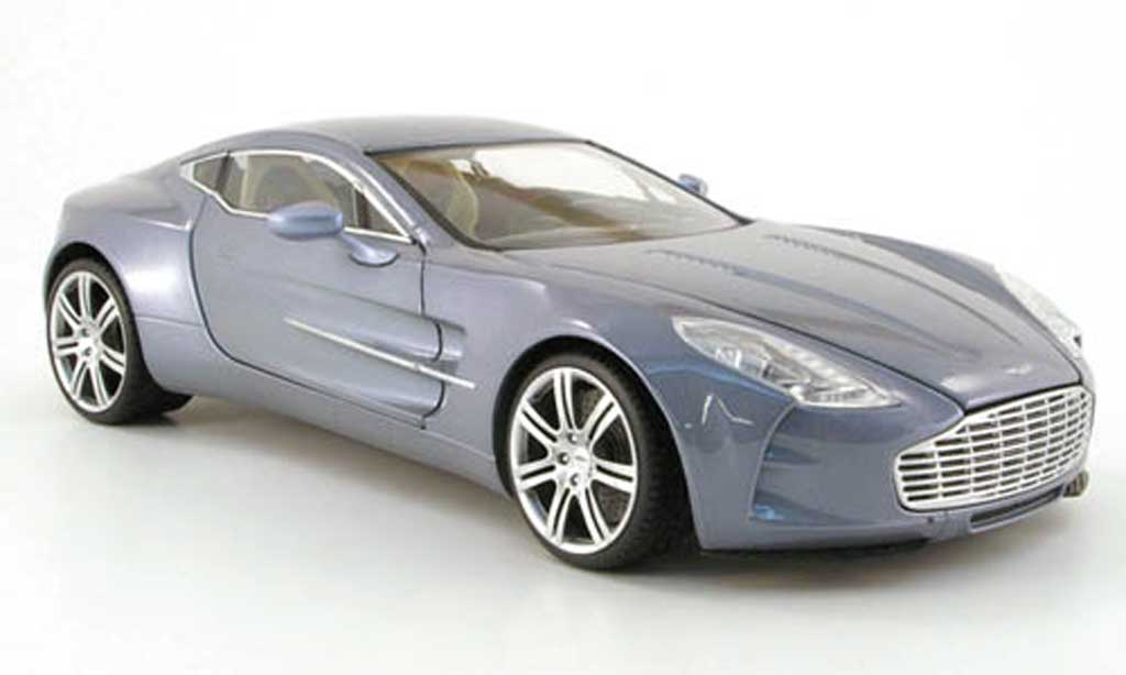 Aston Martin One 77 1/18 Mondo Motors 77 grise clair 2009 miniature