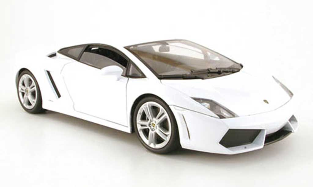 lamborghini gallardo lp560 4 weiss welly modellauto 1 18 kaufen verkauf modellauto online. Black Bedroom Furniture Sets. Home Design Ideas