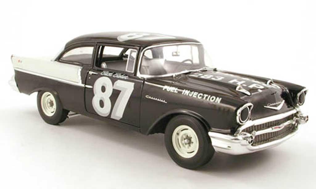 Chevrolet Bel Air 1957 1/18 Highway 61 150 no.87 buck baker black widow racer