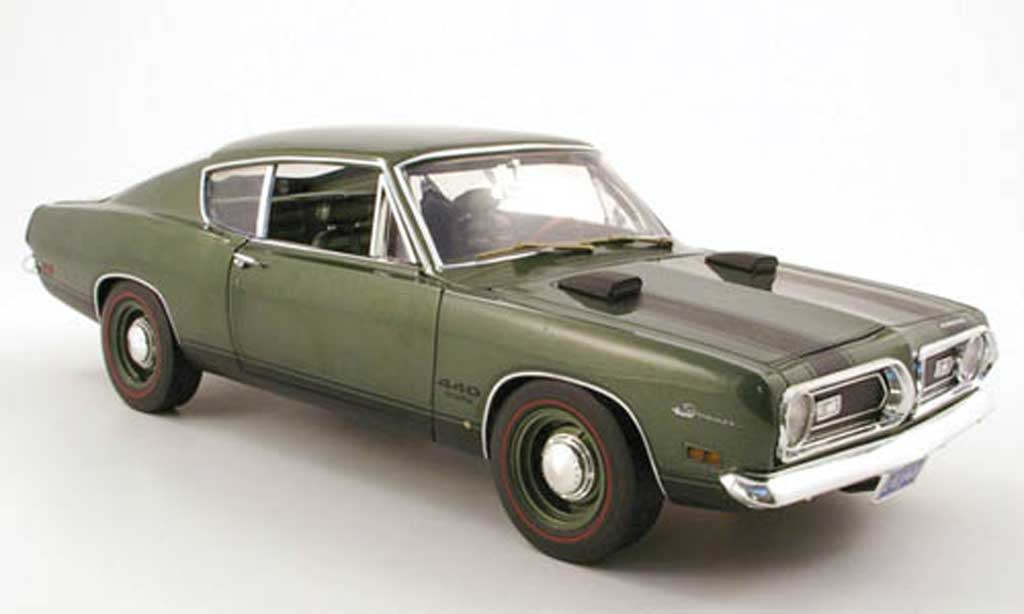 Plymouth Barracuda 1969 1/18 Highway 61 440 verte miniature