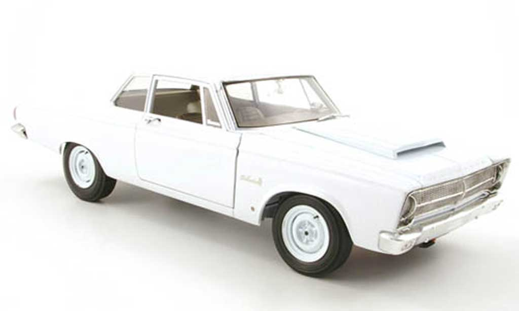 Plymouth Belvedere 1/18 Highway 61 blanche 1965 miniature