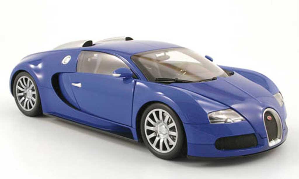 bugatti veyron 16 4 blau 2010 minichamps modellauto 1 18. Black Bedroom Furniture Sets. Home Design Ideas