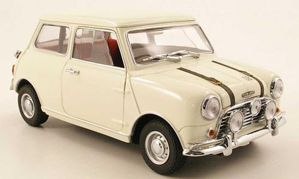 austin mini cooper s miniature mk1 blanche 1969 kyosho 1 18 voiture. Black Bedroom Furniture Sets. Home Design Ideas
