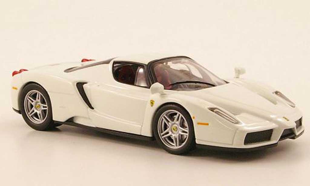 Ferrari Enzo 1/43 IXO blanche 2003 miniature