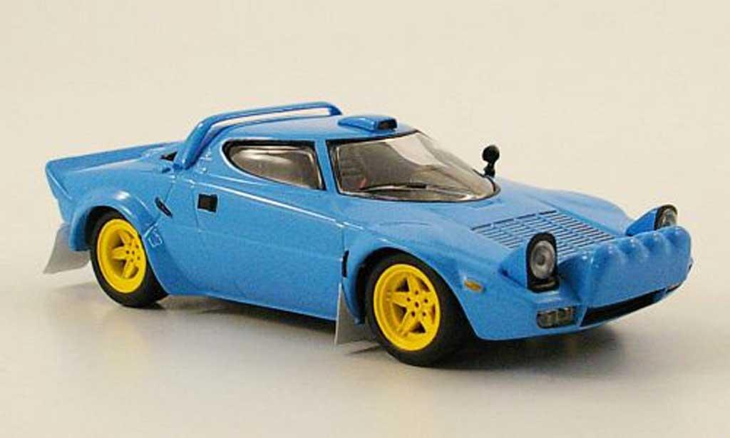 Lancia Stratos HF 1/43 IXO Stradale bleu 1974 miniature