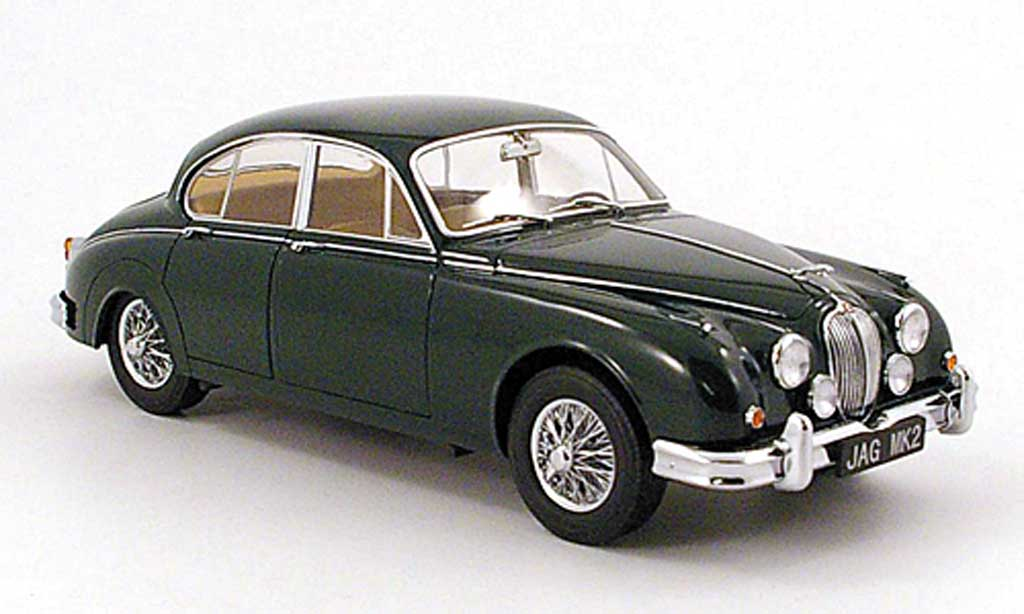 Jaguar MK 2 1/18 Model Icons 3.8 grun lhd 196 miniature
