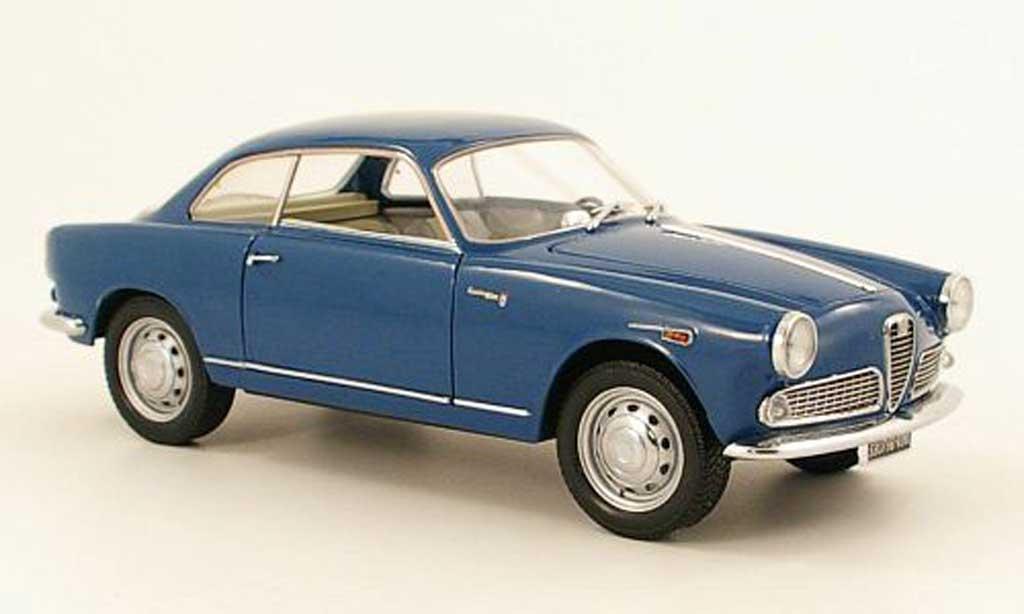 Alfa Romeo Giulietta sprint blue Mini Miniera. Alfa Romeo Giulietta sprint blue miniature 1/18
