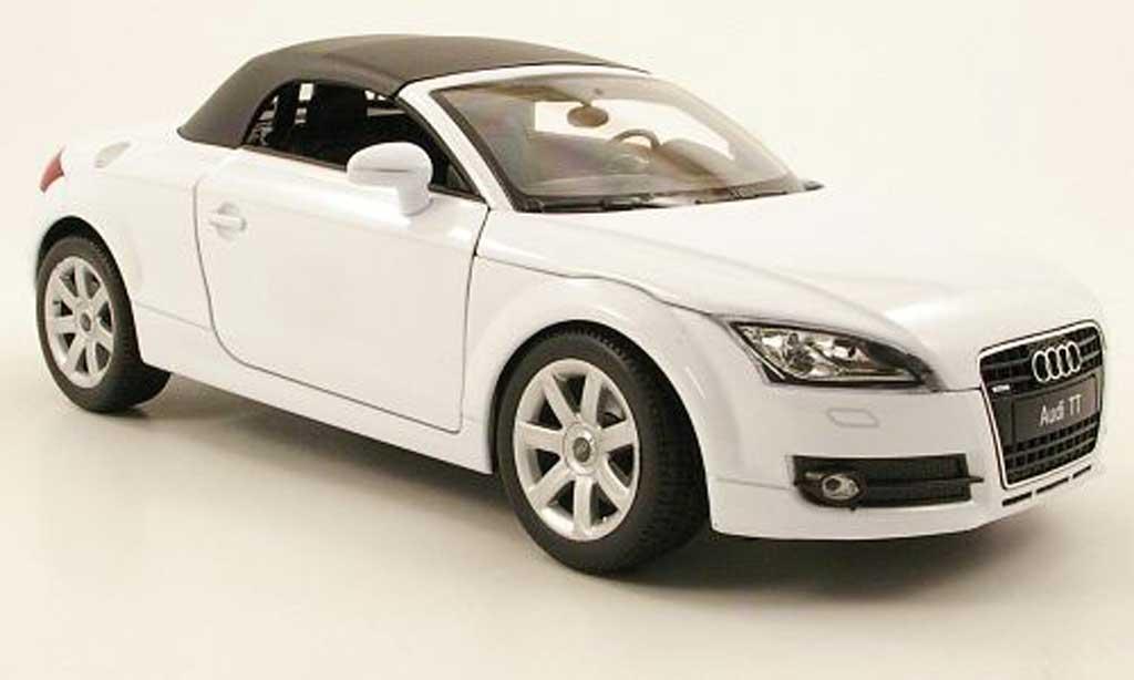 audi tt roadster miniature blanche geschlossen welly 1 18 voiture. Black Bedroom Furniture Sets. Home Design Ideas