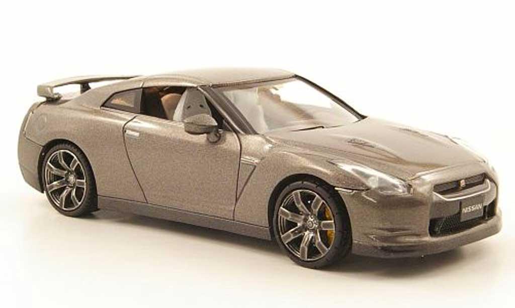Miniature Nissan Skyline GT-R grise LHD 2007 Fujimi. Nissan Skyline GT-R grise LHD 2007 miniature 1/43