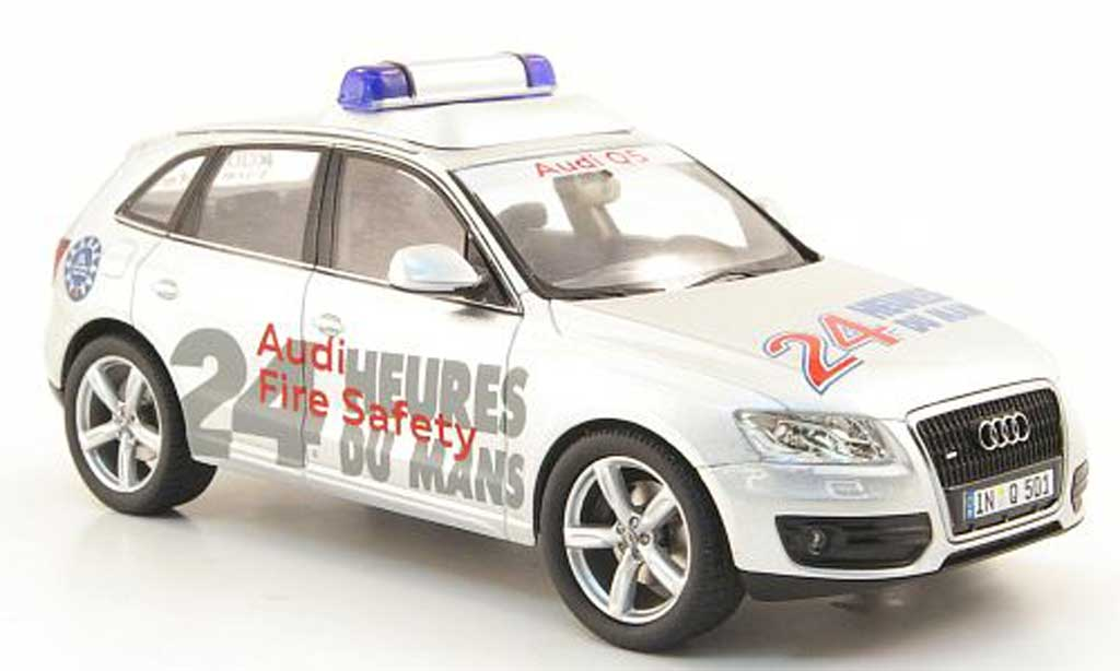 audi q5 miniature fire safety 24h le mans 2010 schuco 1 43 voiture. Black Bedroom Furniture Sets. Home Design Ideas