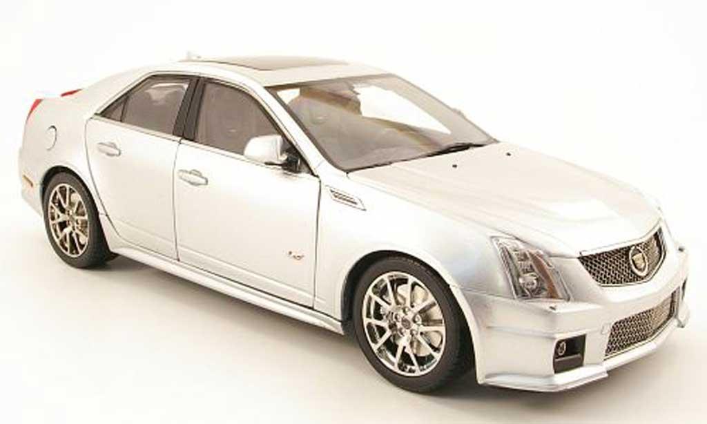 Cadillac CTS-V 1/18 Kyosho grigia allise miniatura