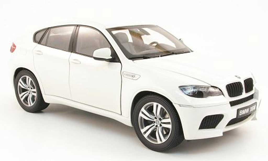 Bmw X6 E71 1/18 Kyosho M blanche 2009 miniature
