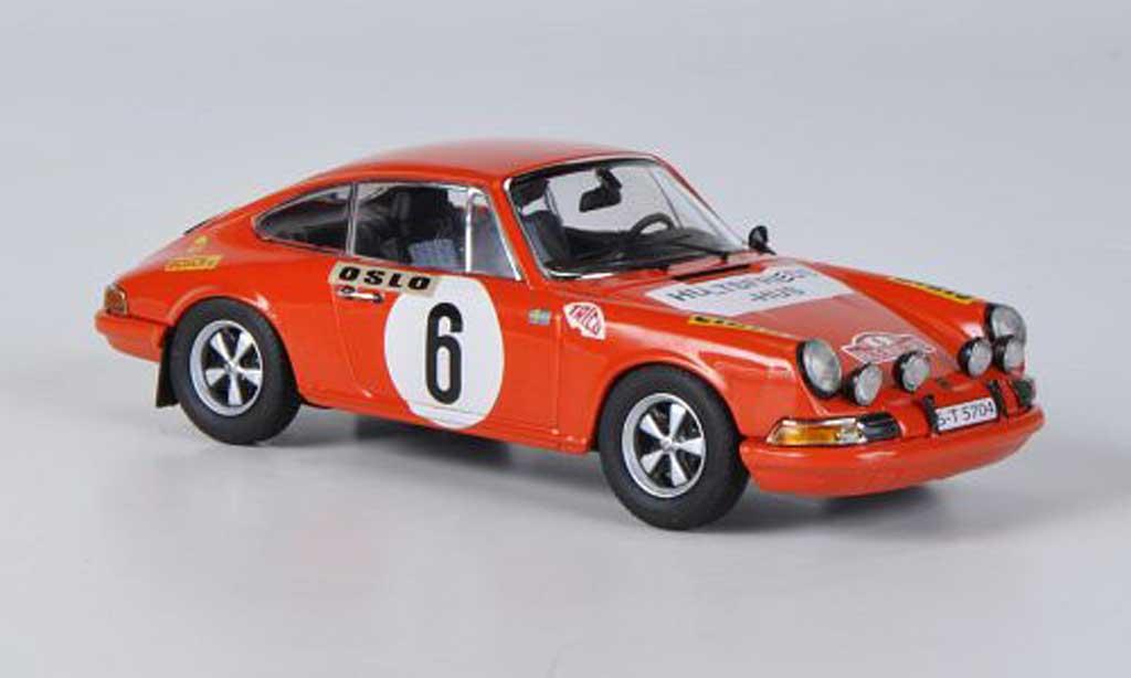 Porsche 911 1/43 Schuco S No.6 Waldegaard/Helmer Rally Monte Carlo 1970