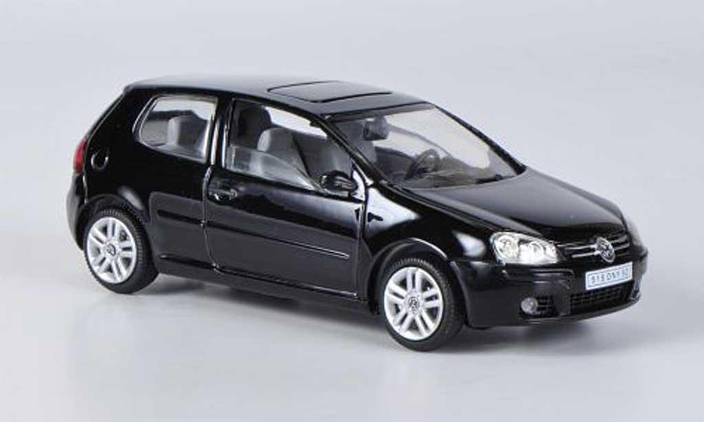 Volkswagen Golf V 1/43 Solido black 2003 diecast model cars