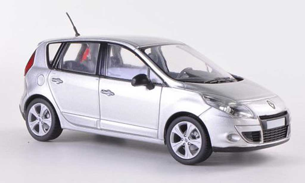 Renault Scenic 1/43 Solido grey 2009 diecast model cars