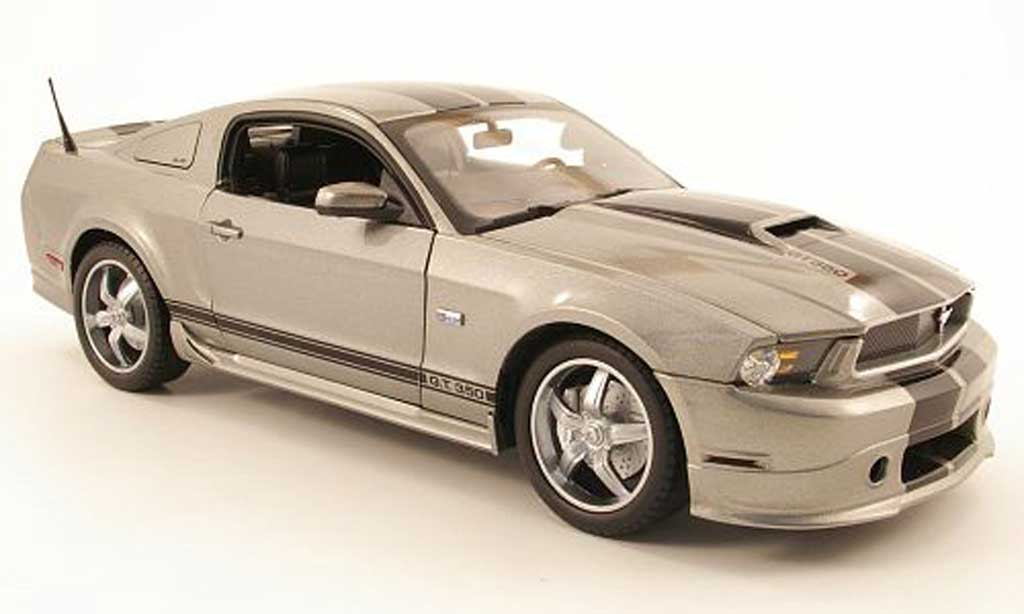 Shelby GT 350 2011 1/18 Shelby Collectibles grise/noire miniature