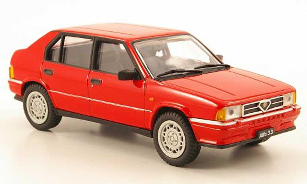 Alfa Romeo 33 1/43 Pego Quadrifoglio rouge 1983 miniature