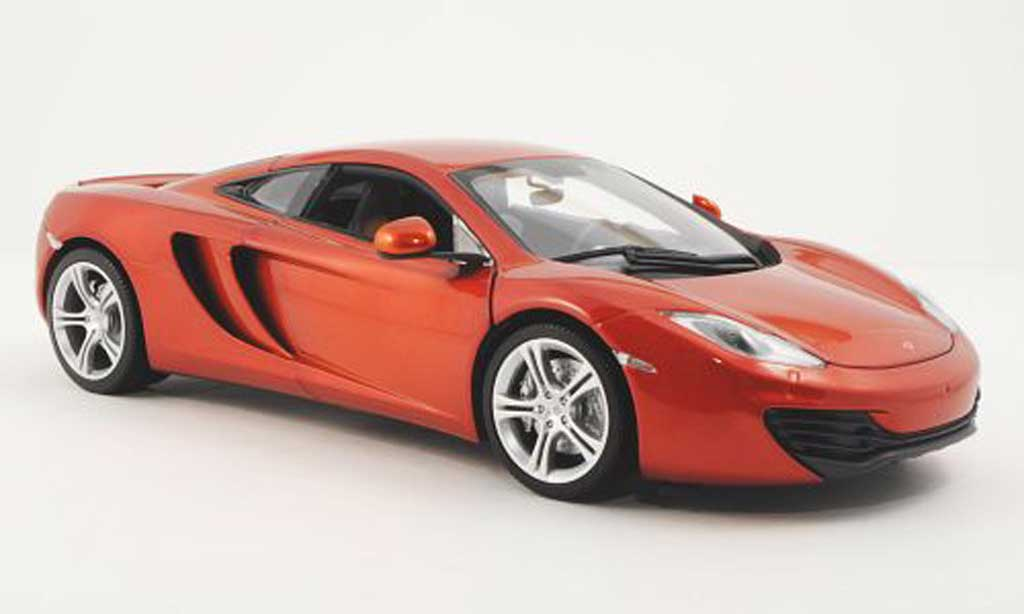 McLaren F1 2011 1/18 Minichamps 2011 MP 4-12C orange miniature