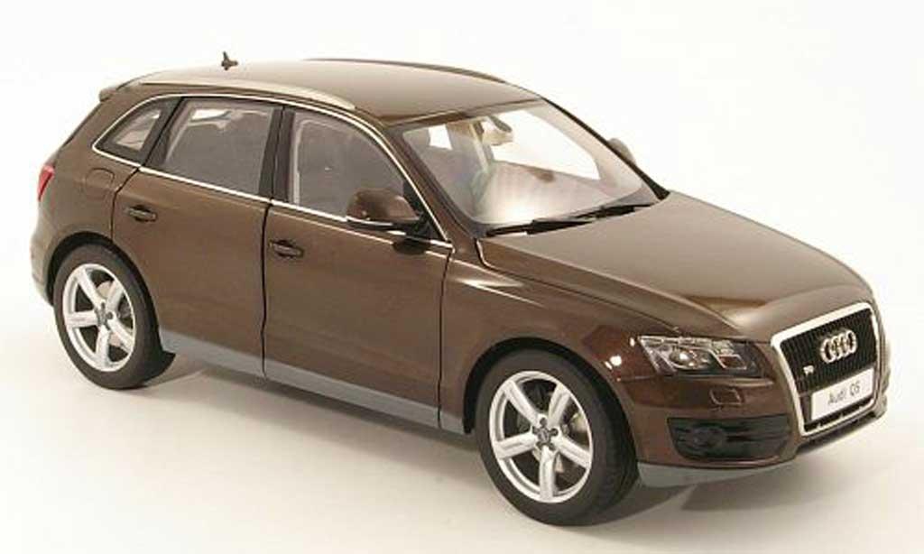 audi q5 braun kyosho modellauto 1 18 kaufen verkauf modellauto online. Black Bedroom Furniture Sets. Home Design Ideas