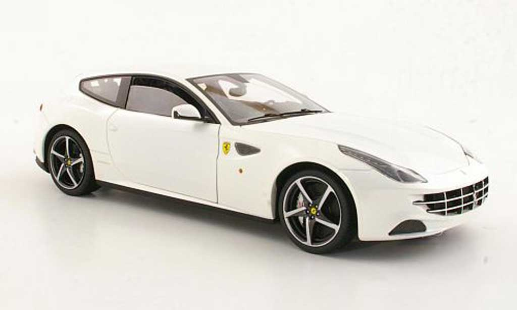 Ferrari FF 1/18 Hot Wheels Elite blanche miniature