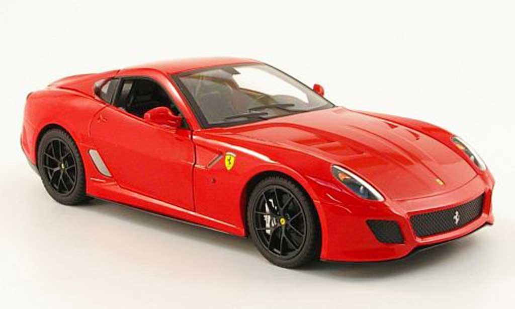 Miniature Ferrari 599 GTO rouge Hot Wheels. Ferrari 599 GTO rouge miniature 1/18