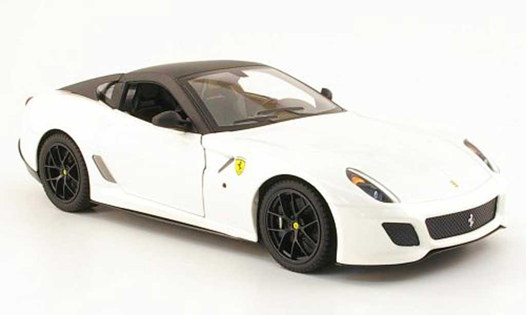 Ferrari 599 GTO 1/18 Hot Wheels weiss/noir mat modellautos