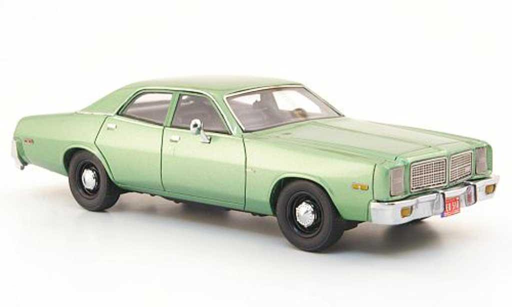 Dodge Monaco 1978 1/43 Neo grun miniature