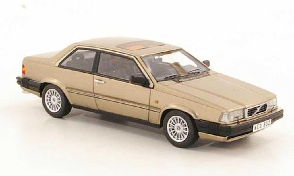 Volvo 780 1/43 Neo Bertone beige 1988 miniature