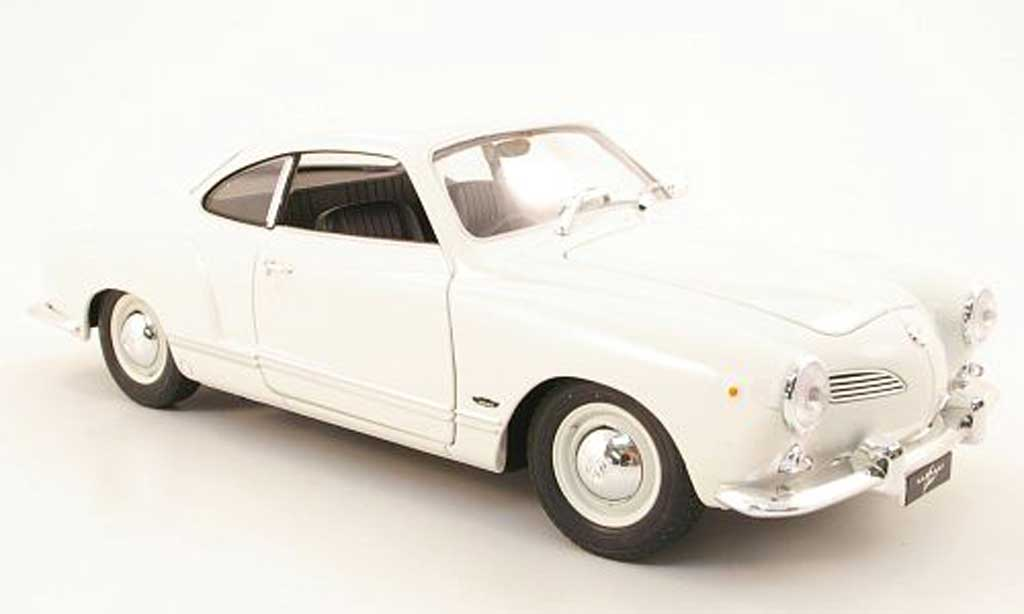 Volkswagen Karmann 1/18 Welly ghia coupe elfenbein miniature