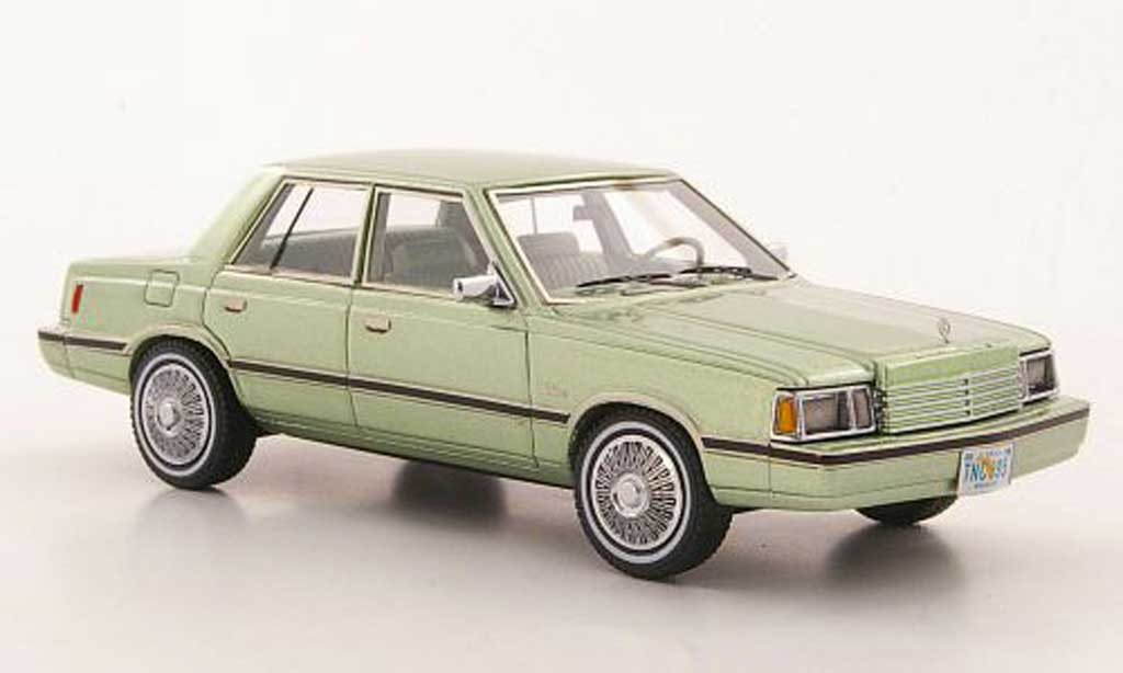 Dodge Aries 1/43 Neo (K-Car) grun 1983 miniature