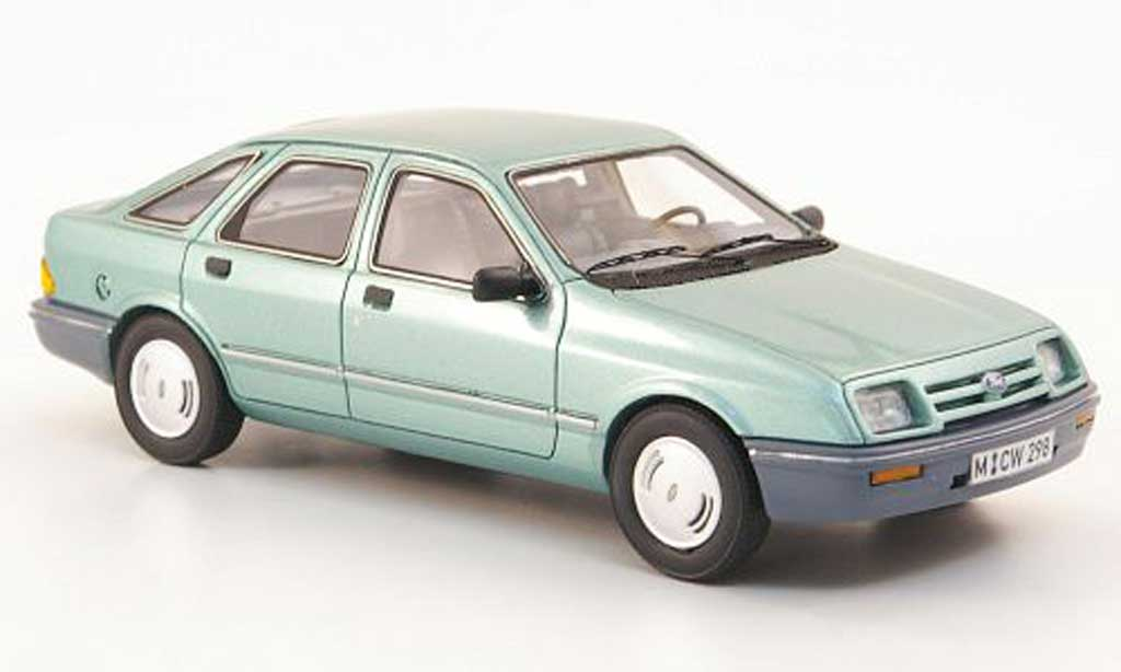 Ford Sierra 1/43 Neo MKI 1.6 GL verte limited edition 1982 miniature